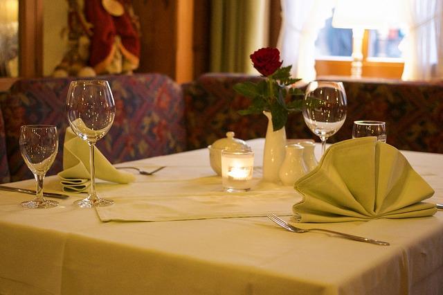 restaurant-727992_640