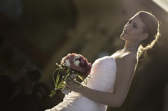 wedding-756269_640