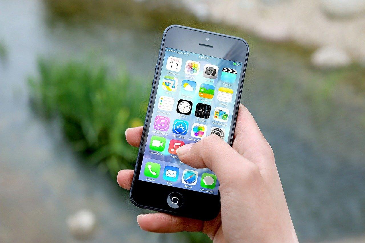 DYK-smartphone-0305